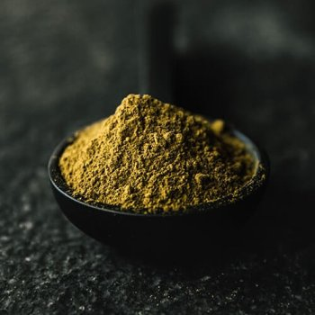 wild red kratom powder