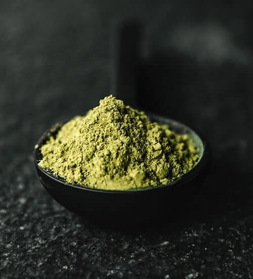 stem and vein kratom powder green