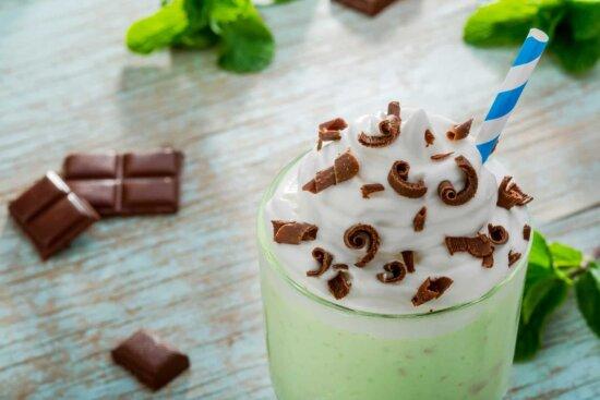 green kratom milkshake